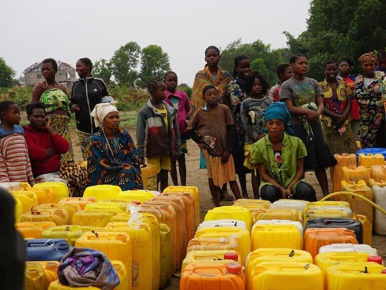 Wasserversorgung schule im Kongo