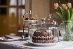 Kuchen und Blumendekoration | Söl'ring Hof